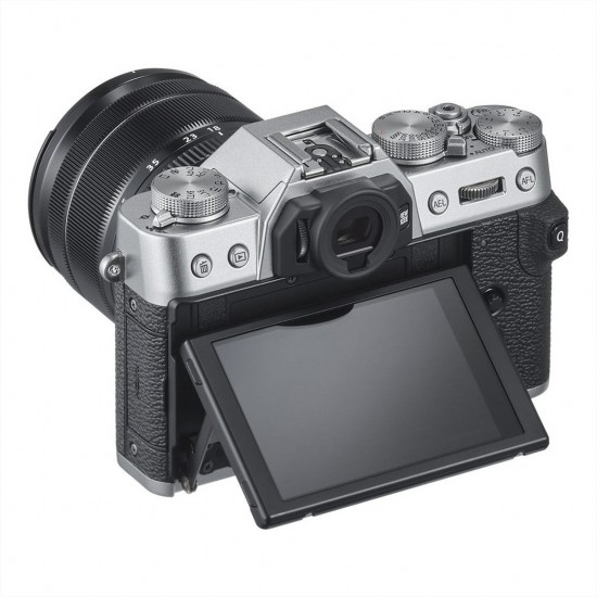 Fujifilm X-T30 silver + XF 18-55mm (black) (Na cashbak €1097)