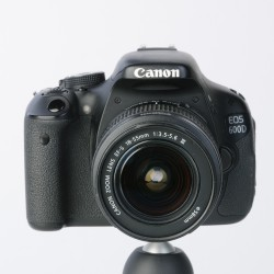 Occasion: Canon  EOS -600D 18-55 mm 3,5-5,6 EFS lll