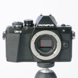 Occasion: Olympus  OM E-M10 ll body