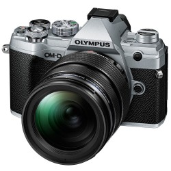 Olympus OM-D E-M5 mark III zilver + 12-45mm f4 PRO