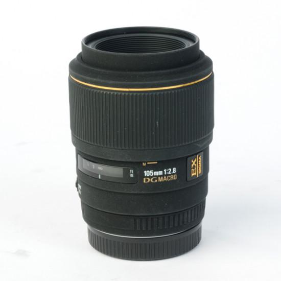 Occasion: Sigma 105mm 1:2.8 DG EX Macro Sony A