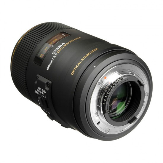 Sigma 105mm F/2.8 EX DG Macro OS HSM Canon AF